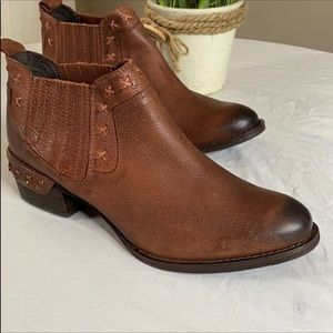 Naughty Monkey brown booties size 10